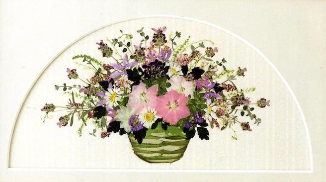 Корзинки из цветов научат делать в «Аптекарском огороде» 6 июля