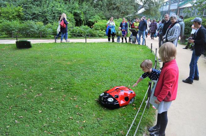 23 сентября — Семейный Праздник инновационной техники для сада в «Аптекарском огороде»