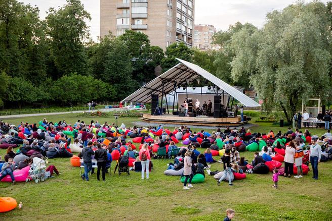 Из-за непогоды концерт легенды отечественного джаза Алексея Козлова в «Аптекарском огороде» перенесён на 23 июля