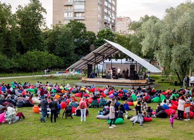 14 и 16 июля — фестиваль «Танцевальный Джаз» в «Аптекарском огороде»